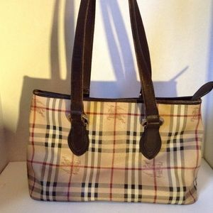 BURBERRY - vintage novacheck purse